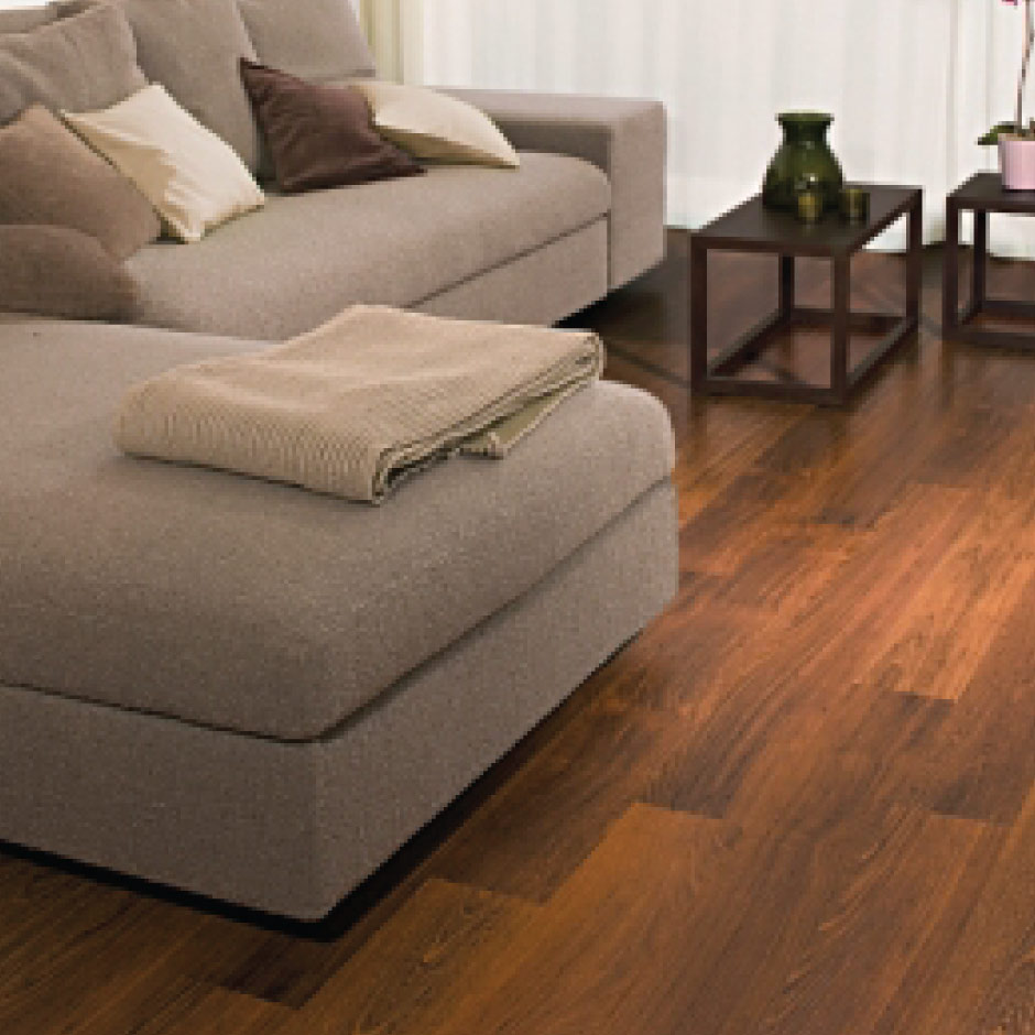 how to choose laminate or vinyl